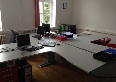 office furniture (60)