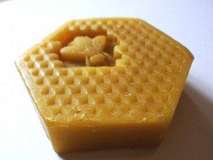 Pčelinji vosak za zaštitu drva