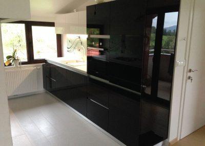 Acrylic Kitchens (25)