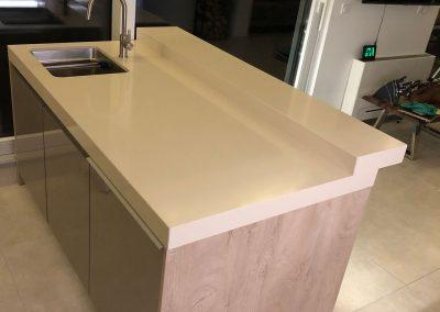 Acrylic Kitchens (34)