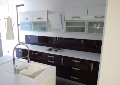 Acrylic Kitchens (50)
