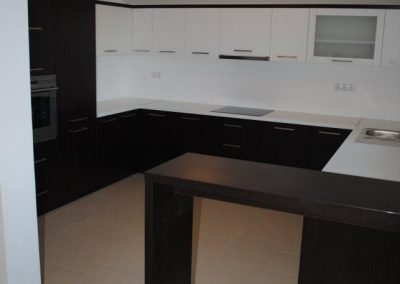 Iveral mat Kitchens (12)