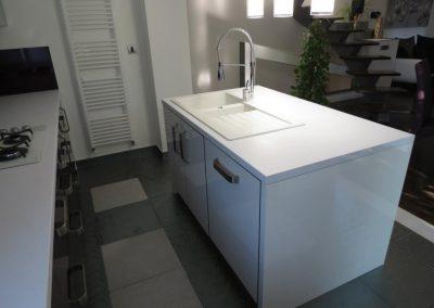 Küche aus Acryl (10)