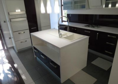 Küche aus Acryl (8)