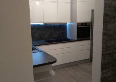Lackierte MDF-Küche (40)