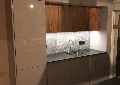 Lacquered MDF kitchen (34)