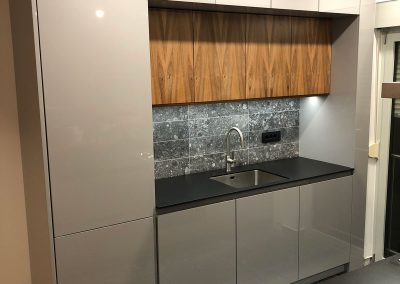 Lacquered MDF kitchen (36)