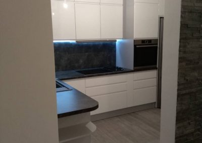 Lacquered MDF kitchen (40)