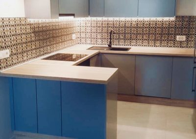 Lacquered MDF kitchen (51)